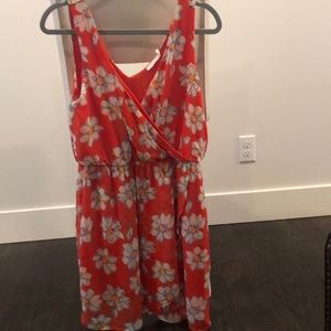 Floral summer dress in coral and white